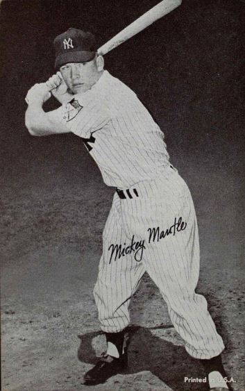 mantle-exhibits-pinstripes